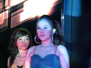 Singer in Phuket